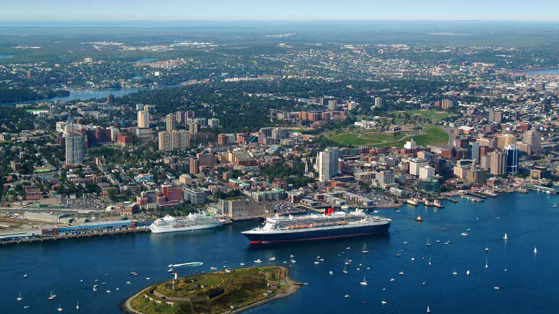 7.Private-Tour-of-Halifax